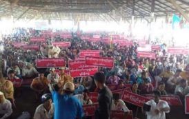 Thousands of Red Shans demand self-rule