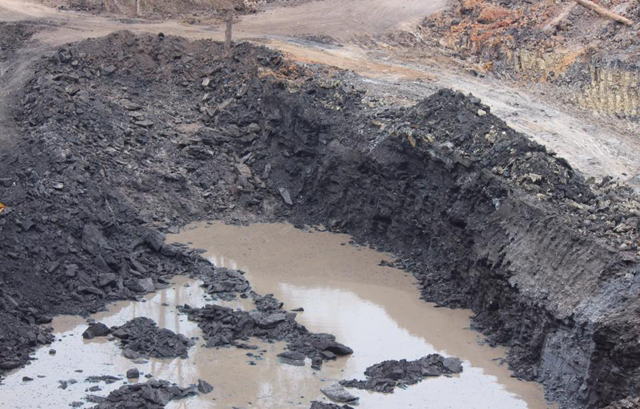 Coal-mining companies agree to close down in Mong Kung