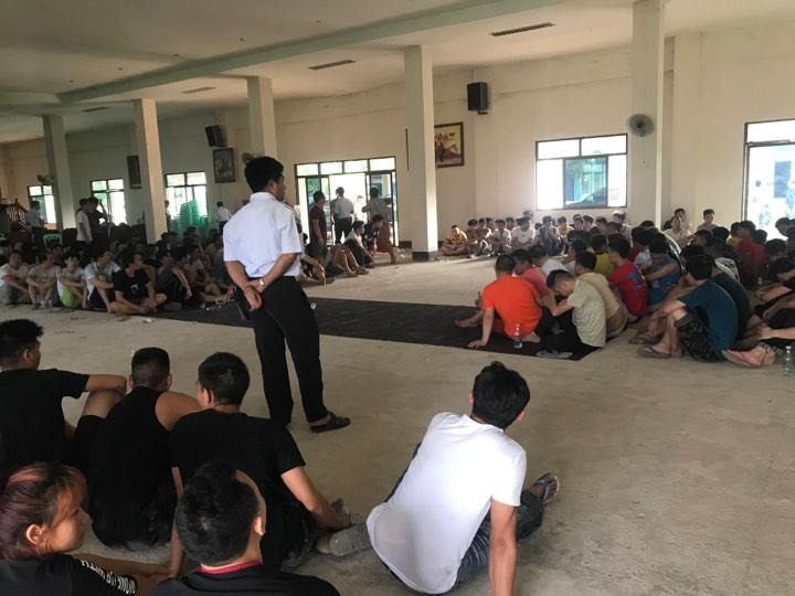 Nearly 200 People Arrested in Tachileik
