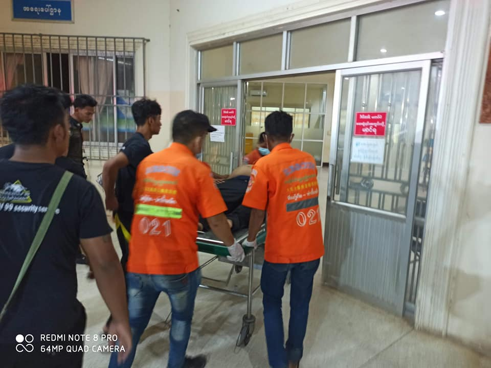 Tachileik Free Funeral Service team brought the victim to hospital