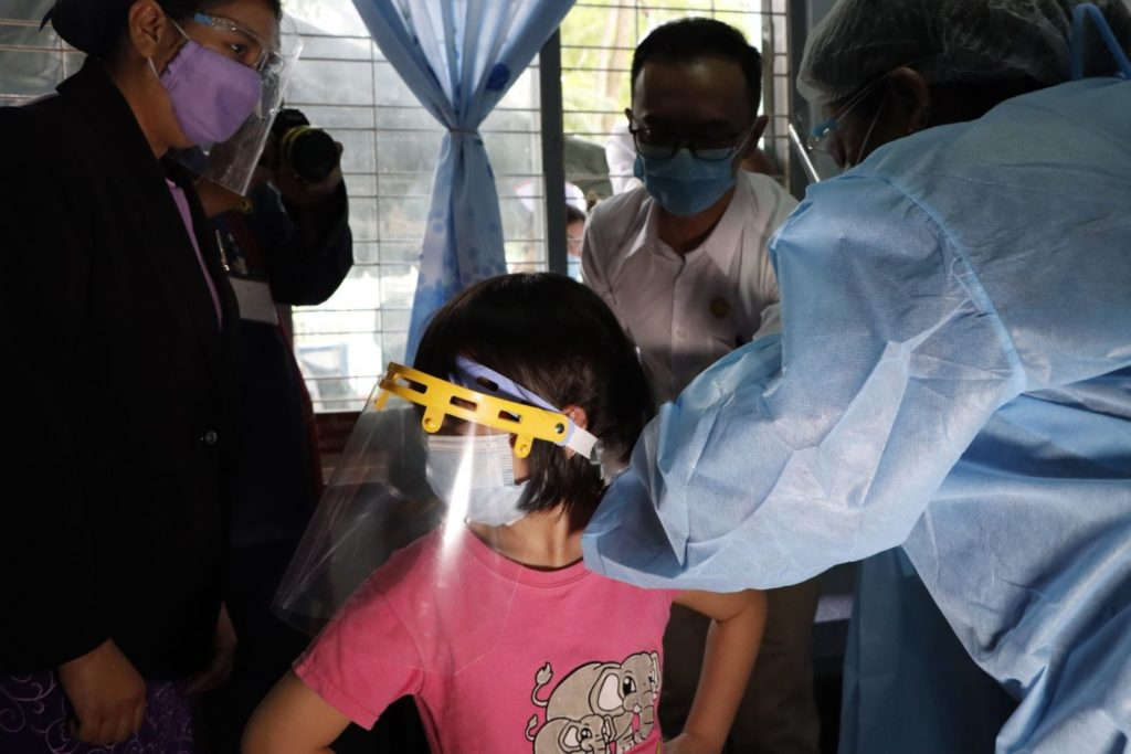 Thousands of Girls in Taunggyi Vaccinated Against HPV