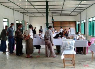 Polling at Taunggyi