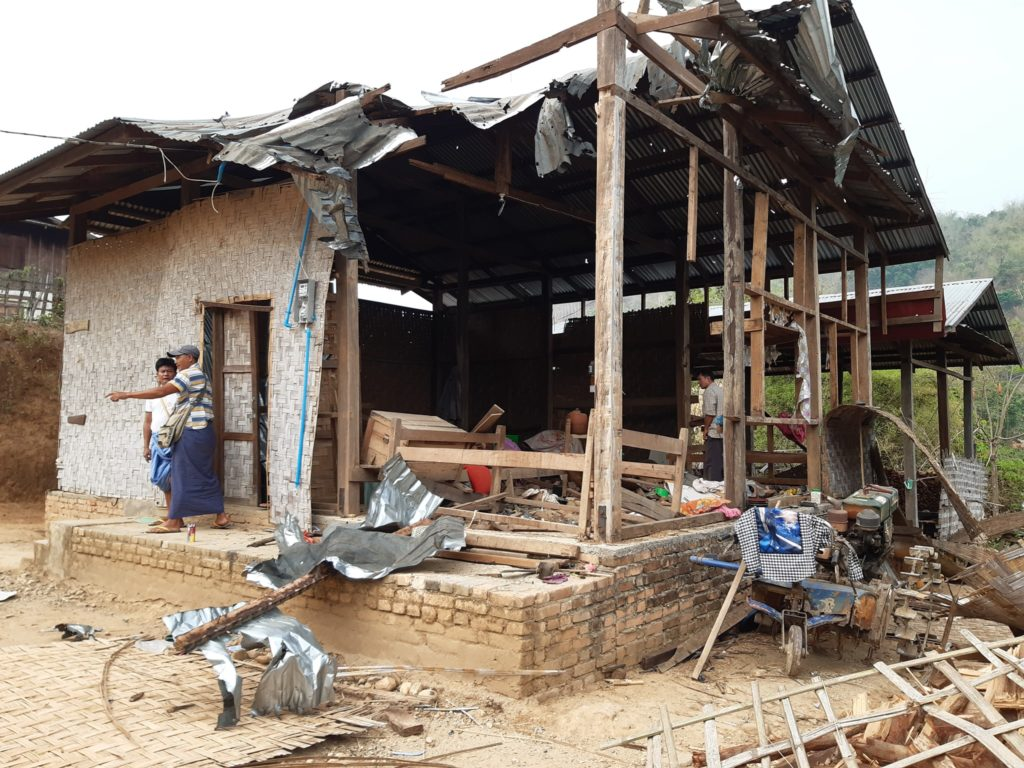 Sharpenel shell down to villagers house at Mongmouk